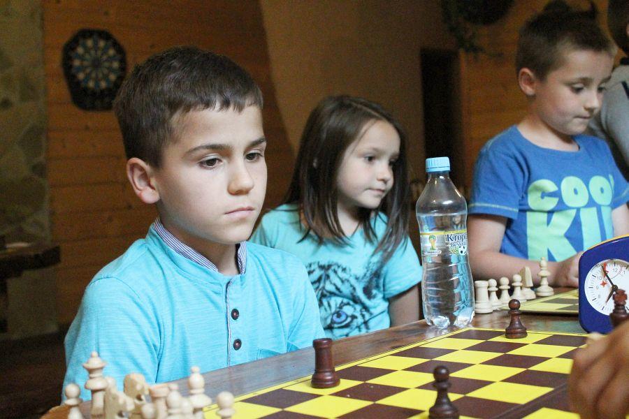 Olaf Przybyłowicz i Jakub Brzegowski zwyciężyli w turnieju szachowym