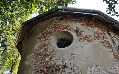 VII Kwesta Listopadowa: Zbieramy na kolejny etap remontu Kaplicy Straszewskich na starym cmentarzu w Lipinkach