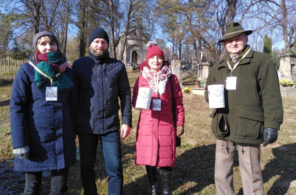Ile wyniosła składka ze Środy Popielcowej na porządkowanie starego cmentarza w Lipinkach?